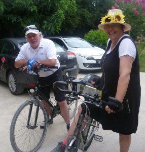 Au départ de Coulon, Jan et Margit Heitlager ont parcouru 40 à 50 km chaque jour sur des circuits balisés.
