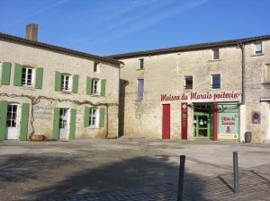 Initialement prévue lors de sa constitution, l'extension du Centre Social et Culturel du Marais serait possible si le musée est déplacé.